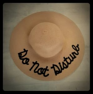 Nwot Do Not Disturb beach hat
